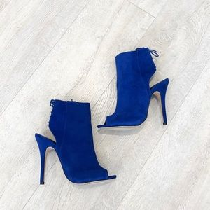 CHINESE LAUNDRY Jinxy' Bootie Royal Blue size 7.5